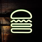 青山外苑のハンバーガー屋「SHAKE SHACK」は今のうちに行っておくべき。