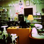 デザイナーズ家具の穴場を発見!新古品の専門店「セカンズ(SECONDS)」。